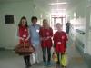 Wolontariusze i personel szpitala